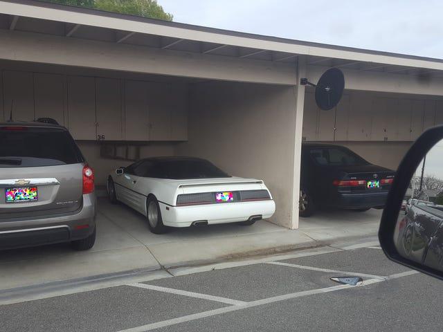 Điều này Supercar siêu bí ẩn đã stumped Minds xe lớn nhất của Internet