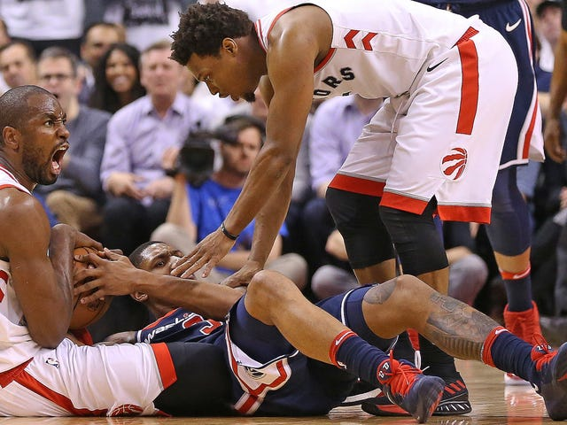 The Raptors Put The Wizards In The Trash, Where They Belong