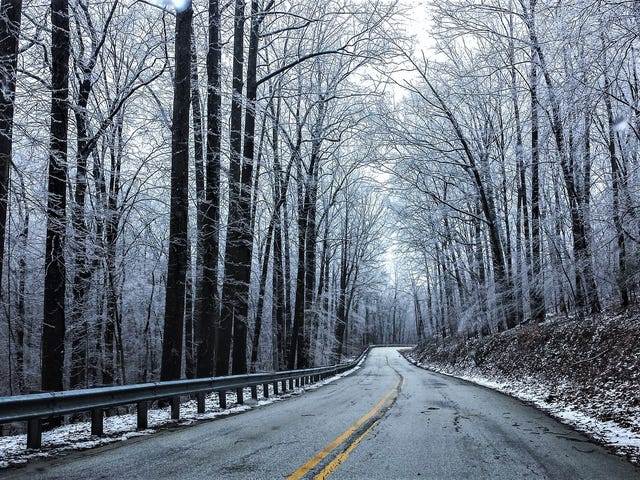 How to Survive Deadly Black Ice On Winter Roads