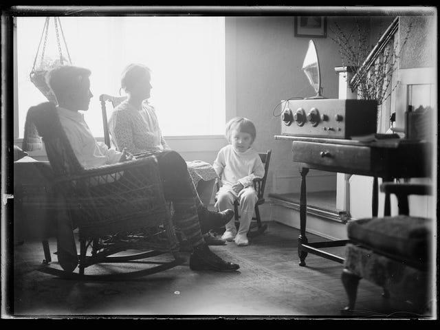 Vintage Radio Photos