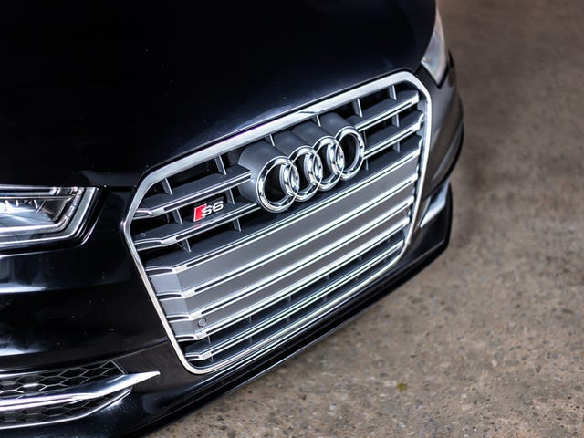 The Audi S6 Will Very Politely Punch You Square in the Face
