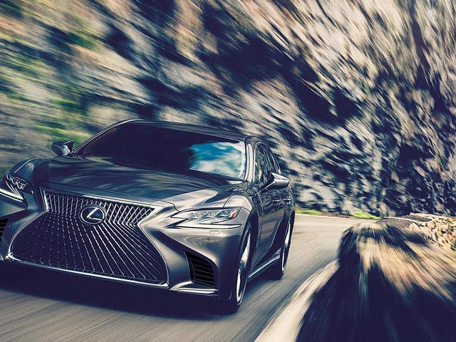 Lexus is in no hurry to start a subscription program