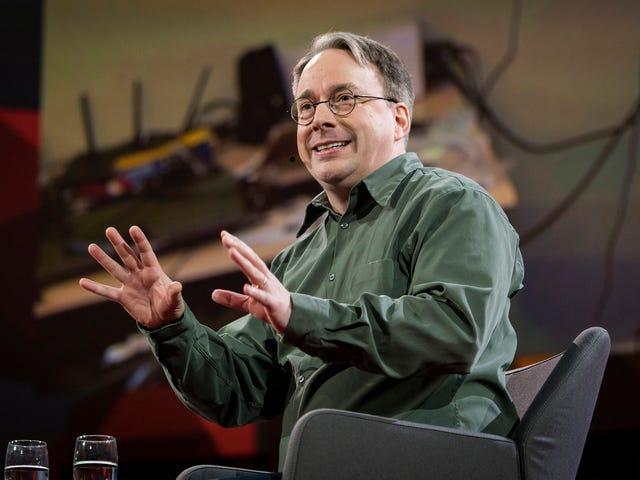 """Лінус Торвальдс: """"Intel debería dejarse de palabrerías y admitir que tiene un problem"""""""