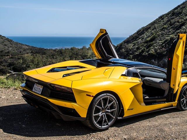 'Lamborghini tiene que tener un motor de aspiración natural': Audi Sport Exec