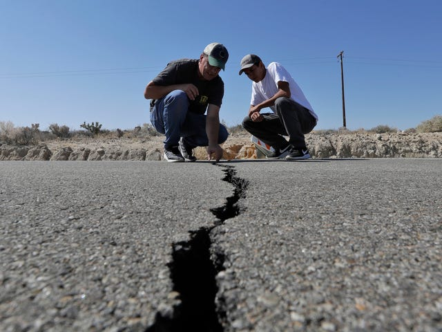 West Coast Residents Seriously Underestimate the Threat of a Catastrophic Earthquake, Survey Finds