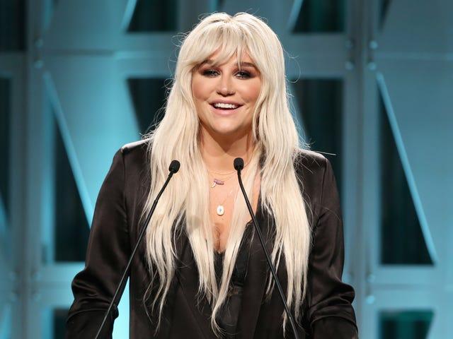 Kesha kuvittelee maailman ilman rikkaita, valkoisia, suoria miehiä