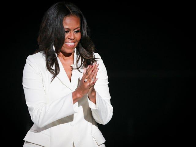Я должен увидеть Мишель Обаму на ее Becoming Лос-Анджелесе, и она такая же волшебная, как ты себе представляешь