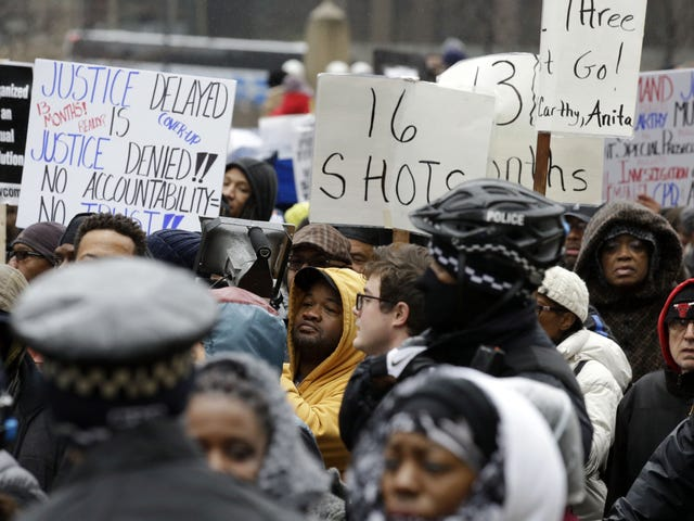 Three Chicago Cops Charged With Conspiring to Cover Up Shooting Death of Laquan McDonald