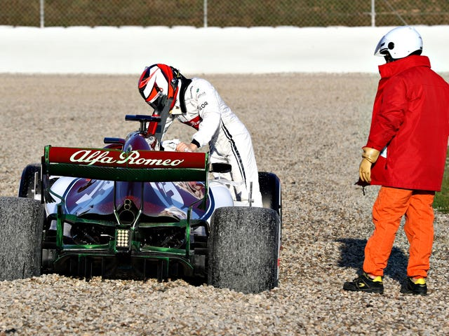 Kimi Raikkonen Knows What He's Doing—Even When It Comes to Fixing F1 Seats