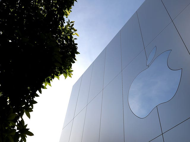 Apple Hacked by Biggest Teen Fan: Report