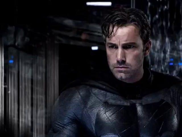 벤 Affleck 확실히 솔로 Batman 영화 스크립트를 작성했습니다