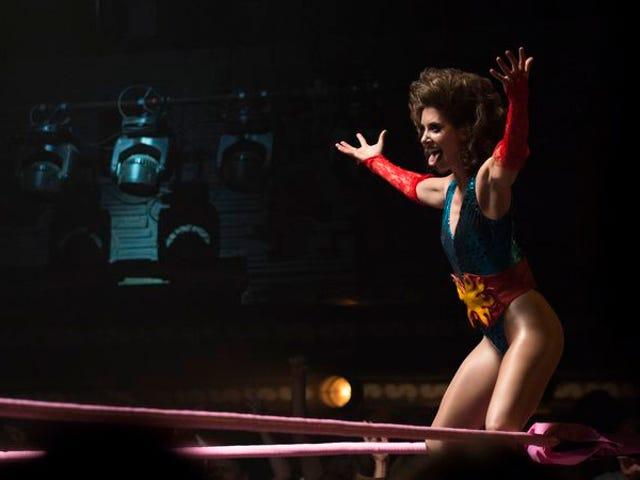 Netflix coloca GLOW de volta ao ringue para uma segunda temporada