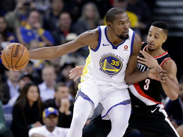 C.J. McCollum Gets Into Mild Online Spat With Recent Podcast Guest Kevin Durant