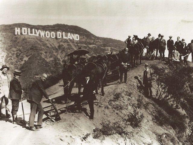"""15 cose che il segno di Hollywood ha detto oltre a """"Hollywood"""""""