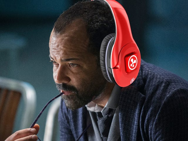 Here Are Our Favorite Westworld Podcasts