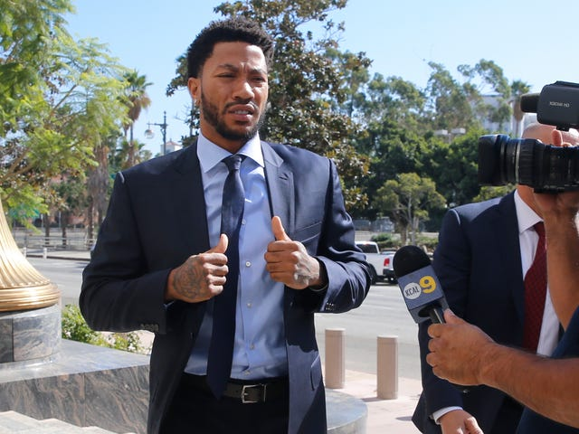 Derrick Rose Testifies, Says Text Message Gave Him Consent