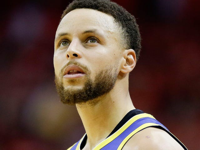Steph Curry Blows Wide-Open Dunk In OT, Warriors Immediately Wave White Flag And Give Up On Comeback