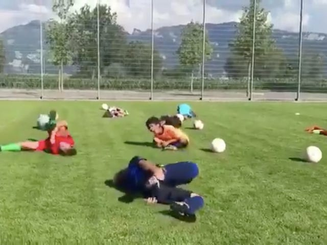 Neymar's Theatrical Diving Is Already Corrupting The Youth