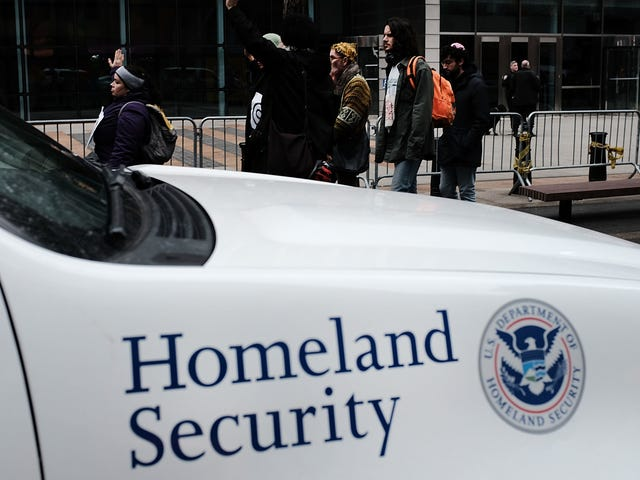 ICE Just Gave Itself Permission to Detain More Pregnant Immigrants