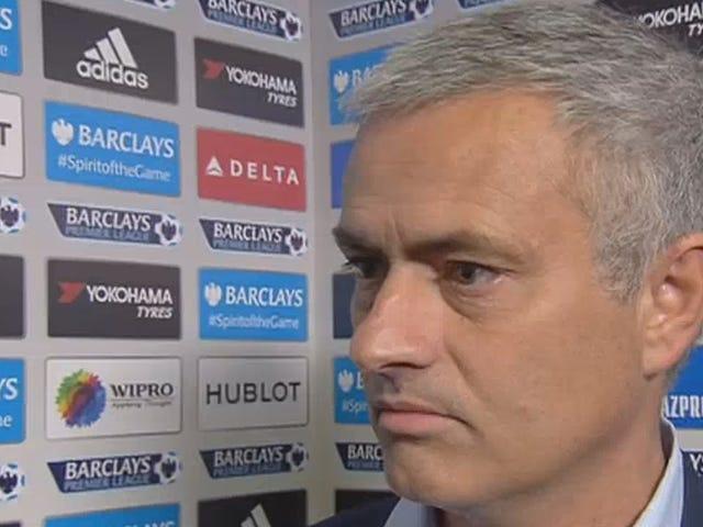 José Mourinhos selvtillit vokser i omvendt forhold til Chelseas rekord