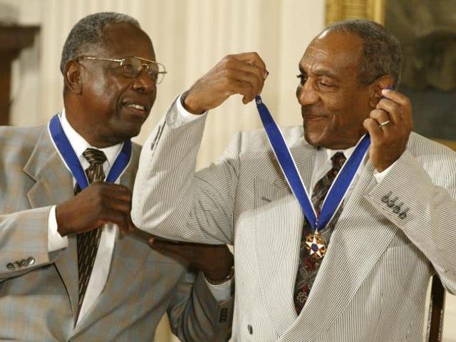 Pétitions de groupe pour l'annulation de la médaille présidentielle de liberté de Bill Cosby