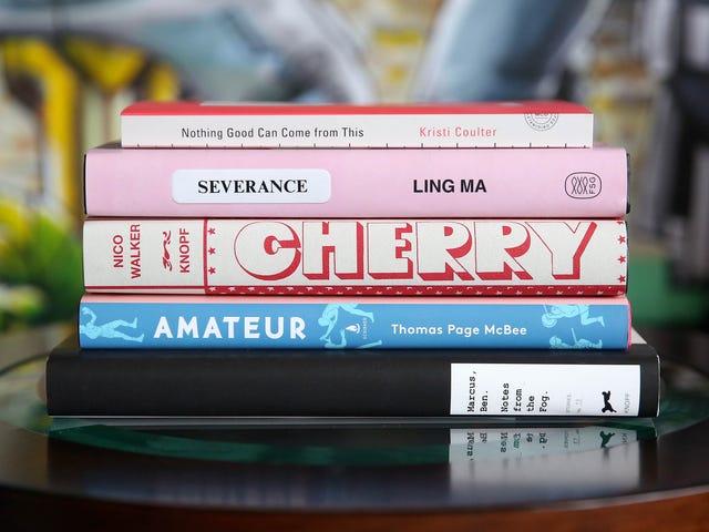 ชกมวยธนาคารและเหล้า: มีหนังสือ 5 เล่มให้อ่านในเดือนสิงหาคม