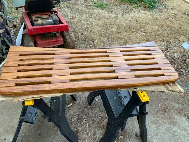 Le projet de magasin de bois d'aujourd'hui