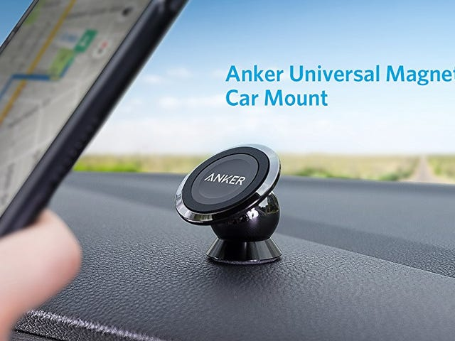 This $10 Magnetic Smartphone Mount Won't Block Your Car's Vents