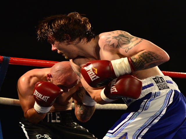 Boxer Mike Towell Dies After Being Injured In Bout
