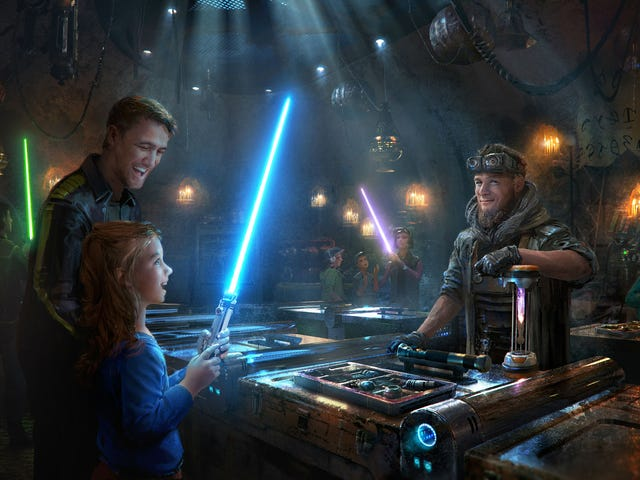 Star Wars Galaxy's Edge Reservations at Disneyland Open May 2
