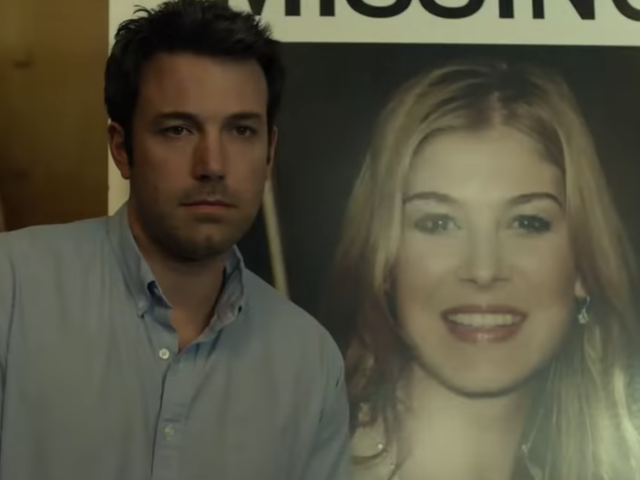 Gillian Flynn se fait «vomir» par la défunte <i>Gone Girl</i> dans l&#39;affaire «Missing Woman»