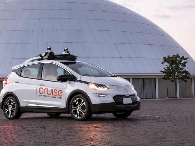 GM Settles Lawsuit With Motorcyclist Over Crash With Self-Driving Chevy Bolt