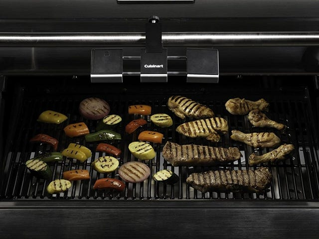 Give The Gift of Year-Round Grilling With This Cuisinart Grilluminate