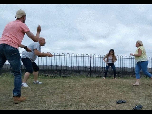 Par hade inte tid för sina liv och försökte återskapa en <i>Dirty Dancing</i> Lift