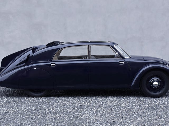Showerthought: Tatra should get back into building passenger vehicles as ultra-luxury armored cars.