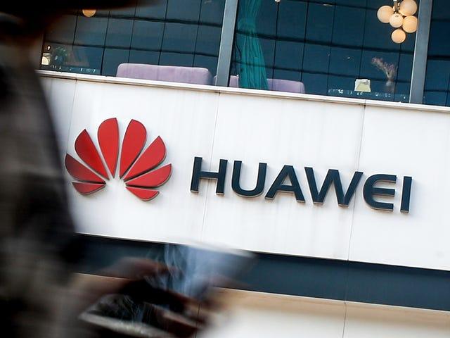 """Huawei är i samtal för att starta ett """"pilotprogram"""" med ryska operativsystem som ersättning för Android"""