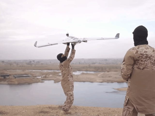 Homeland Security Wants New Powers to Surveil and Destroy Drones in U.S. Airspace