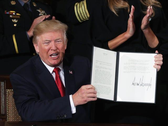 Court Blocks Trump's Transgender Military Ban, Cites His Announcement via Twitter