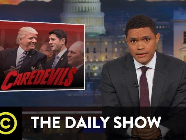 PWC porque recibimos las verdaderas noticias de Late Night: Trevor, Keith y Colbert sobre el GOP corrupto y sin conciencia (donde puede completar el espacio en blanco para lo que significa ahora)
