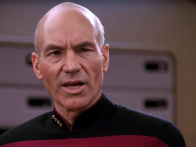 Эта идея Star Trek Supercut продолжает оставаться в некотором роде превосходной