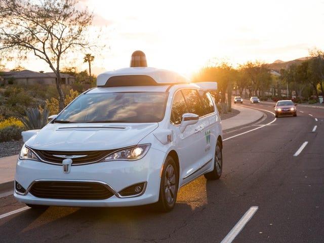 Los autos de auto conducción de Google tienen problemas con las tareas de manejo básicas: informe