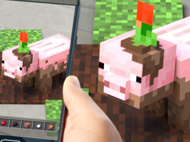 Walking Around Minecraft Earth Feels Amazing