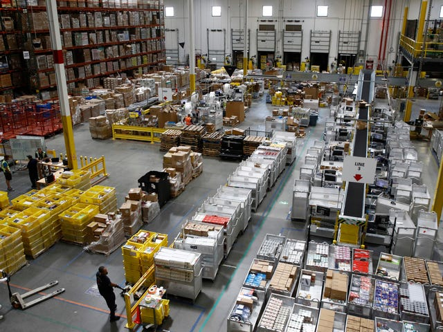 Report: Amazon Warehouses Called 911 for Mental Health Crises At Least 189 Times in Five Years