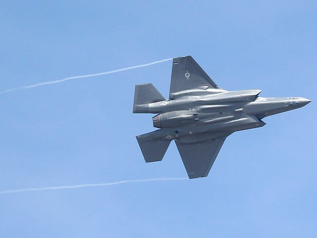 The Air Force Just Cleared the F-35 Fighter Jet for Combat