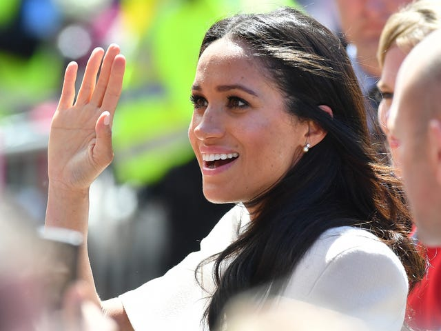 Meghan Markle Is a Mere Mortal Who Trips in High Heels