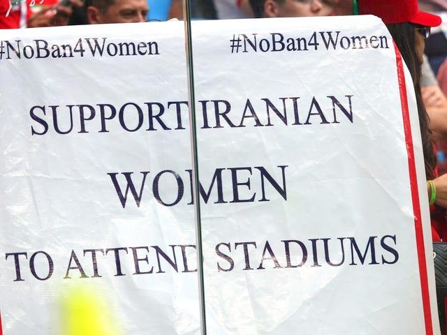 La FIFA publica una declaración sin sentido que condena la prohibición de Irán a las mujeres en los estadios de fútbol