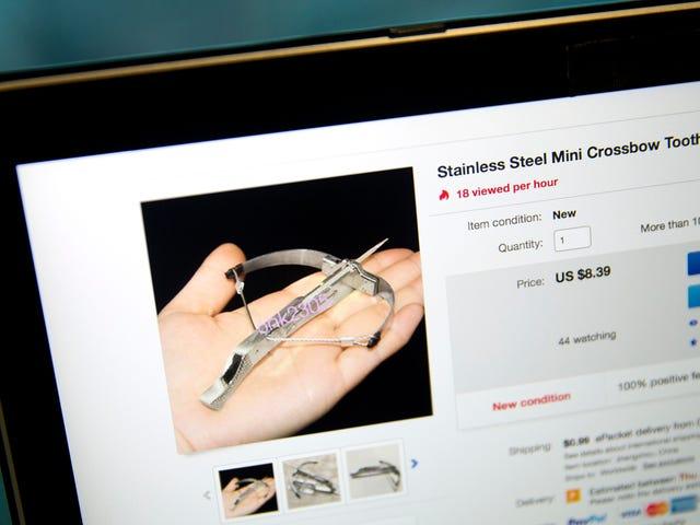 Olvida los fidget spinners:en China se han puesto de moda las ballestas de palillos de dientes