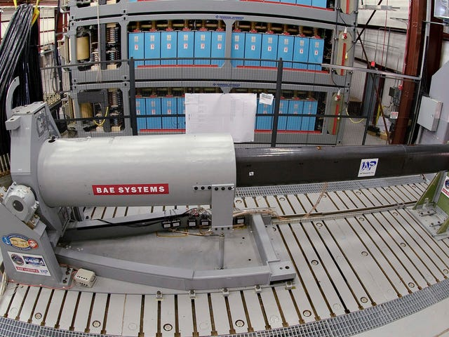 The Navy's Horrifyingly Powerful Electromagnetic Railgun Might Be Coming to an End: Report