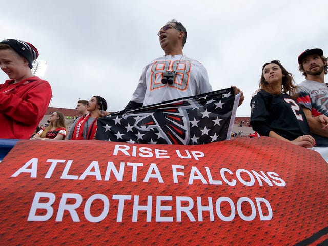 Atlanta Bar Forced To Apologize To Crybaby Falcons Fans