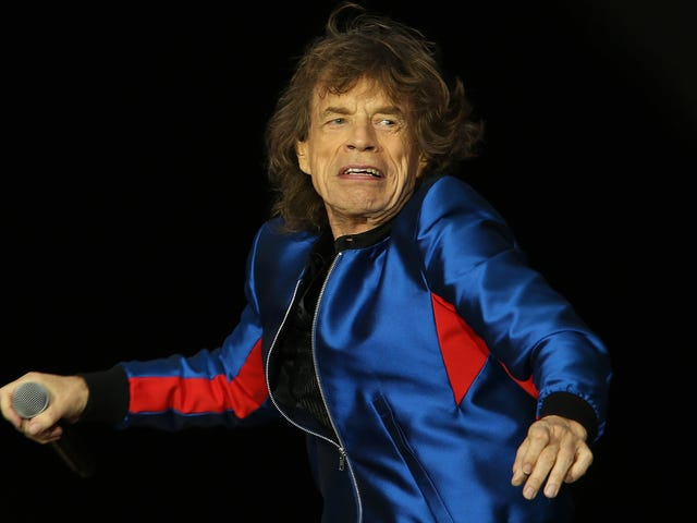 """<a href=https://news.avclub.com/behold-the-purity-of-mick-jagger-leaving-corny-comments-1826450962&xid=17259,15700021,15700186,15700190,15700253,15700256,15700259 data-id="""""""" onclick=""""window.ga('send', 'event', 'Permalink page click', 'Permalink page click - post header', 'standard');"""">그의 아들 Instagram 사진에 진부한 의견을 남기는 Mick Jagger의 순결을 보라</a>"""